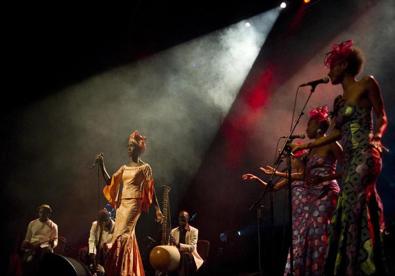 Rokia Traoré / Roots